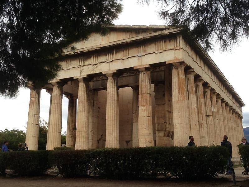 Hefaistos-templet ved den græske agora midt i Athen er det måske bedst bevaret tempel i hele byen.