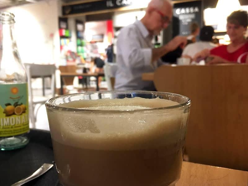 Kaffe på RED - caféer i Firenze