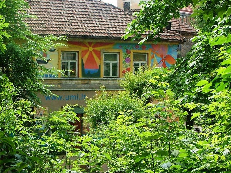 Smukke, kunstneriske Uzupis i Vilnius