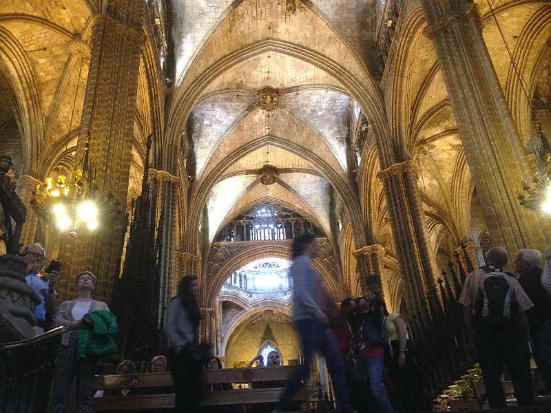Se Barcelonas katedral, Le Seu, på din rejse til Barcelona