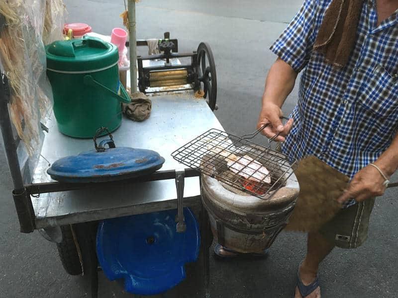 Blæksprutter - lækker street food i Bangkok