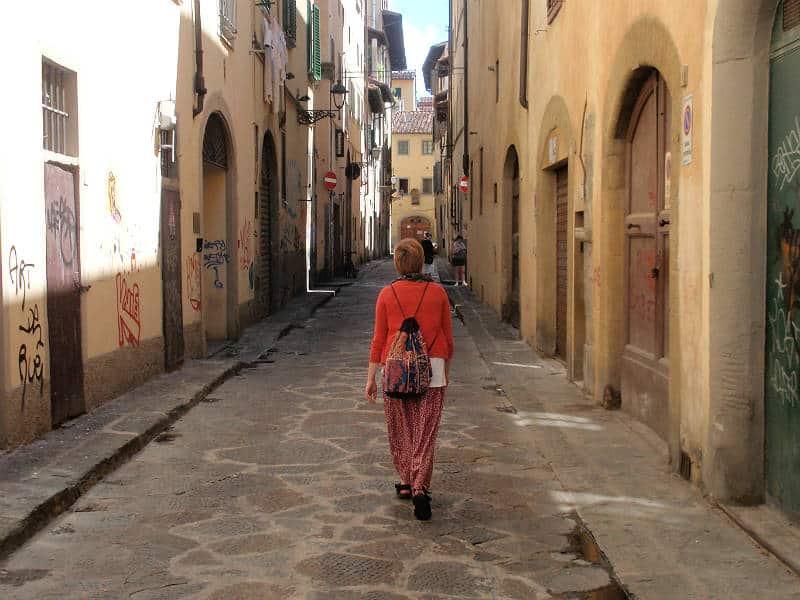 Maria Erica Jensen går rundt i Firenze