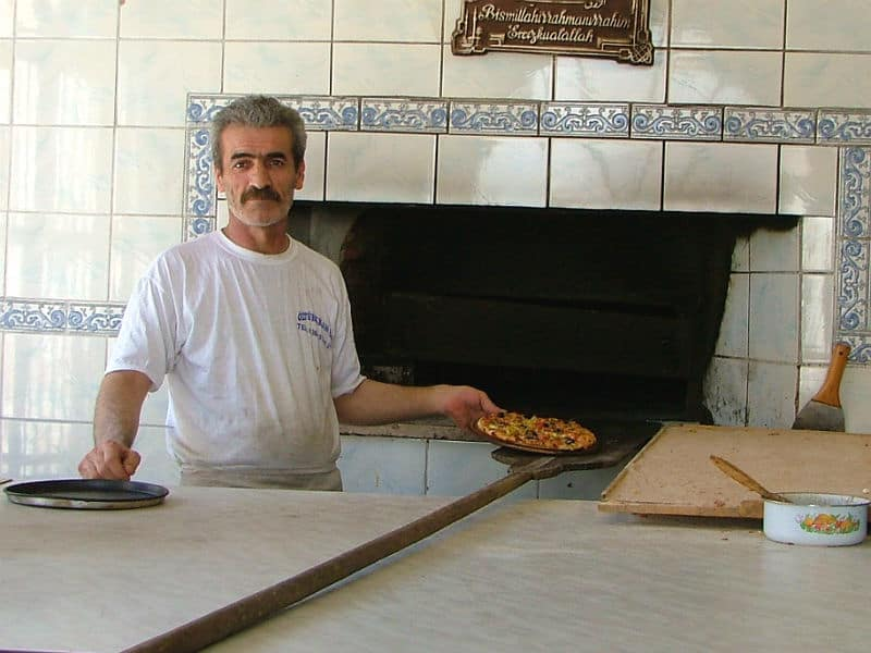 Pizzabager i Göreme - Globetrotters.dk