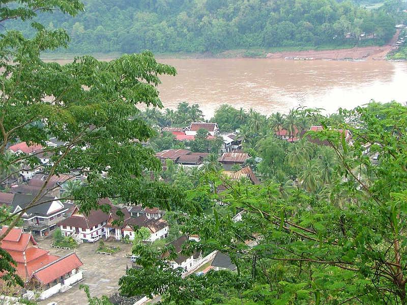 Udsigt over Luang Prabang i Laos - Globetrotters.dk