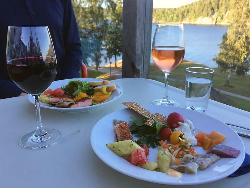 Aftensmad på Vann Spa - Globetrotters.dk