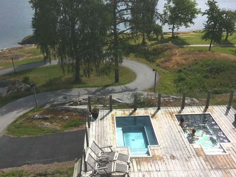 Udendørspool på Vann Spa i Sverige