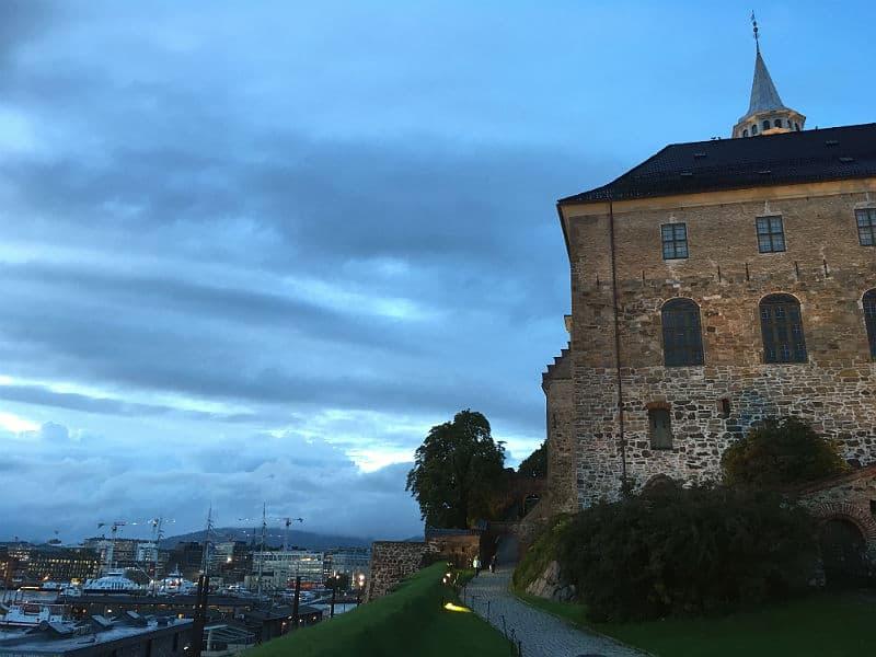 Udsigten fra Akershus over Oslo - Globetrotters.dk