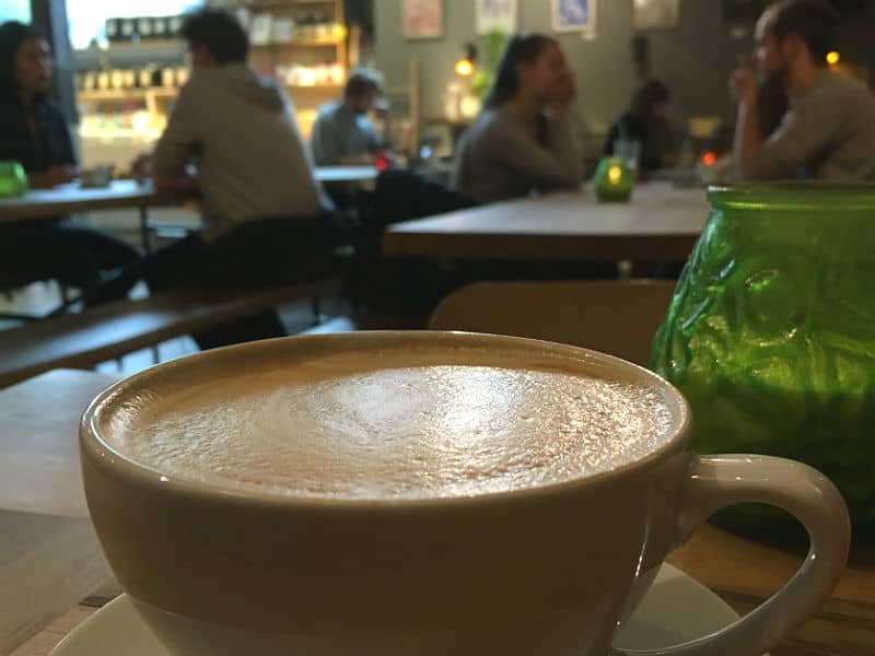 Kaffe på Hendrix Ibsen - en af de skønne caféer i Oslo - Globetrotters.dk