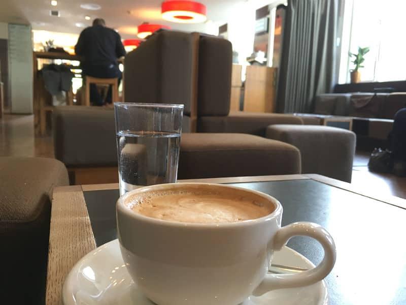 Kaffe på Kafe Oslo i Litteraturhuset i Oslo - Globetrotters.dk
