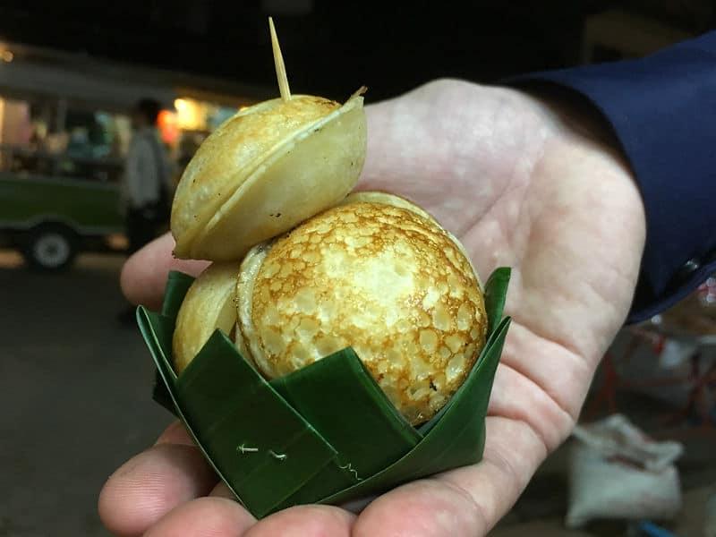 Kanom Krok kager i Luang Prabang - Globetrotters.dk