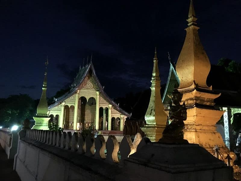 Tempel morgen i Luang Prabang