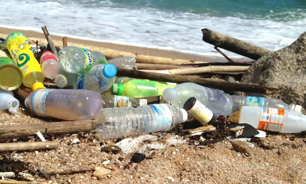 Sådan undgår du mikroplast på din rejse