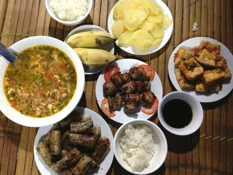 Vegetarisk aftensmad i Mai Chau
