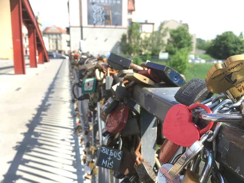 Kærlighed på Most Biskupa Jordana i Poznan