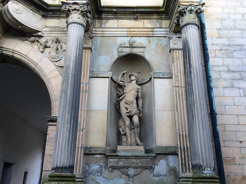 Hermes eller Merkur statue ved Kronborg Slot i Helsingør