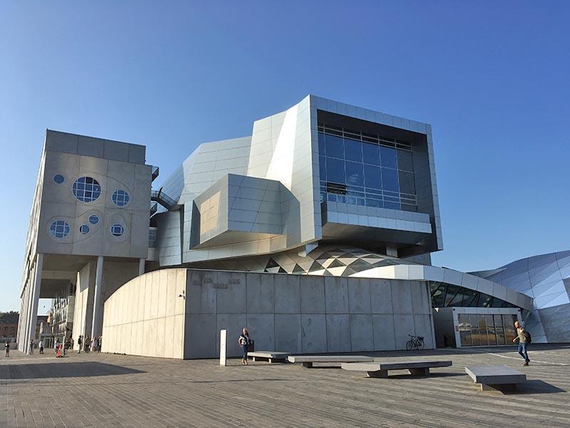 Musikkens Hus på havnen i Aalborg
