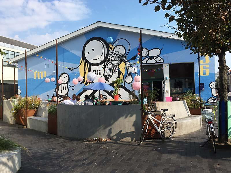 Street art af The London Police på caféen Ulla Terkelsen i Aalborg