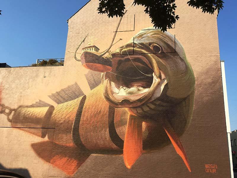Big Catch - street art af Wes21 og Onur på Dannebrogsgade i Aalborg