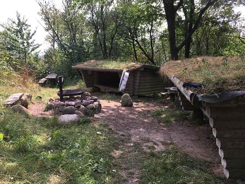Shelterplads på toppen af Møgelhøj