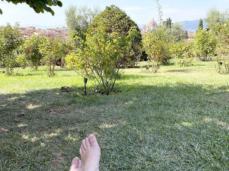 Pause i rosenhave i Firenze