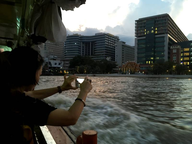 Bådtur i Chao Praya Floden