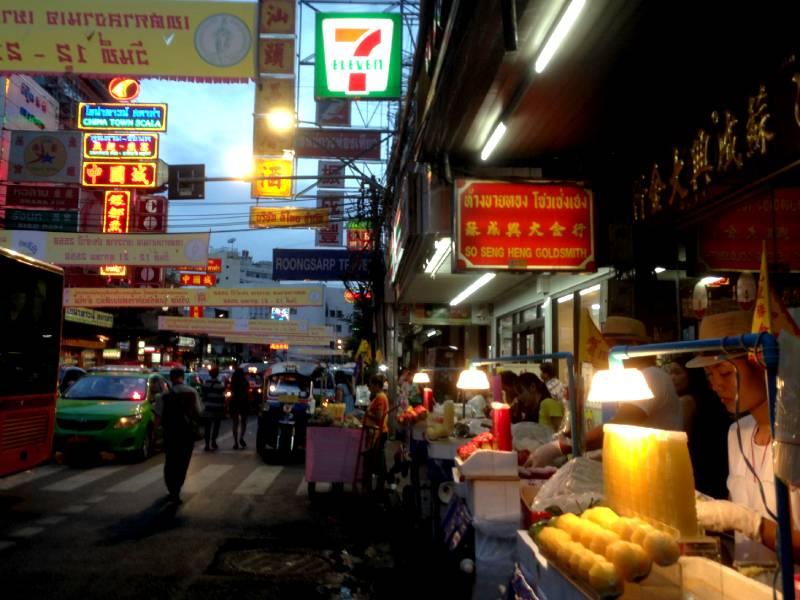 Yaowrat Road i Chinatown